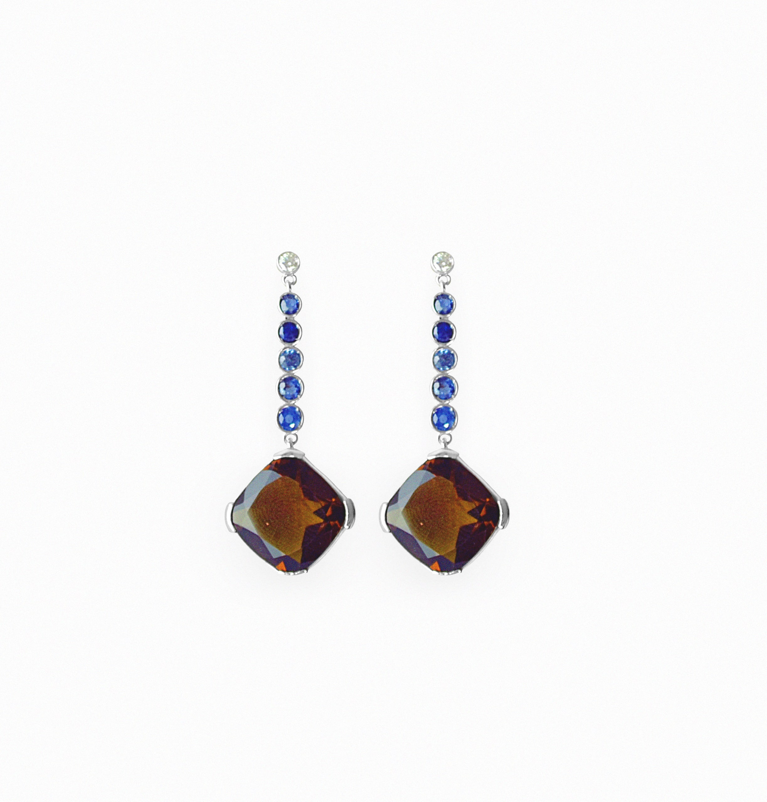 Earrings in white gold and sapphires with smoky quartz